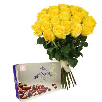 Yellow roses with rich dry fruits