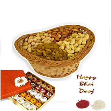 1/2 Kg indian assorted sweets and 1/2 Kg Dry fruits