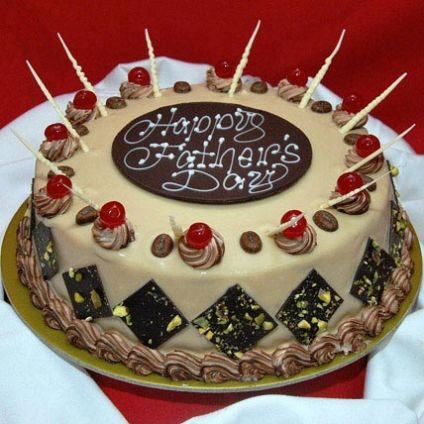 Decorative Fathers Day Cake
