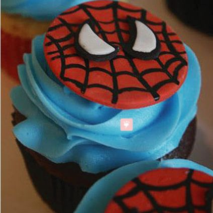 Delicious Spiderman Cup Cakes