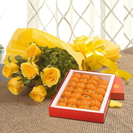 Bunch of 10 yellow roses with 1/2 Kg Motichoor laddoo