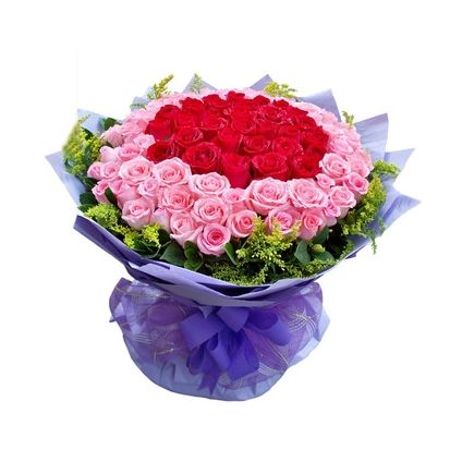 Pink and red roses arrangements
