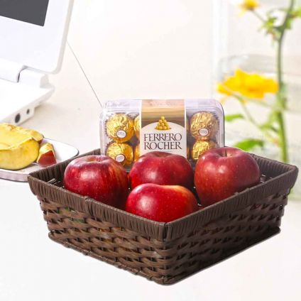 Apple with chocolates