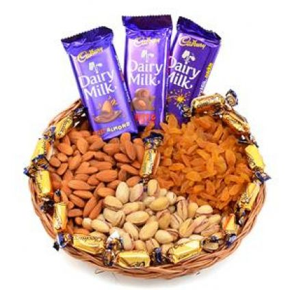 Mixed dry fruits with mixed chocolates