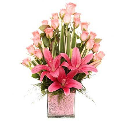 Pink flowers Arrangement In Vase