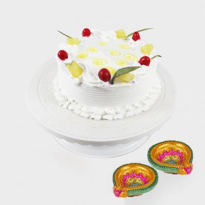Pineapple cake with Diya