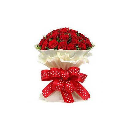 Heavenly Premium Bouquet of Gorgeous Roses